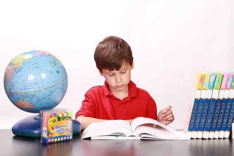 Kunci Jawaban Tema 8 Kelas 6 SD Informasi Penting dari Bacaan Labuan Bajo Halaman 108 109 110 111