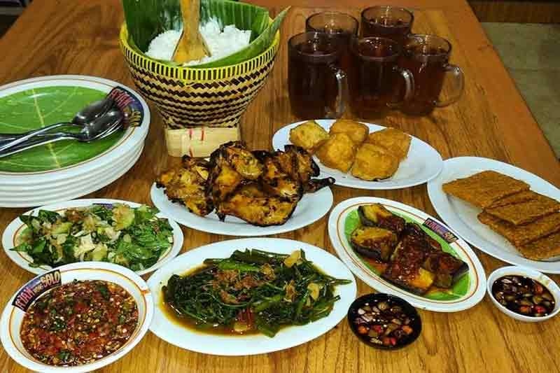 Tempat Kuliner Ayam Bakar Di Bandung