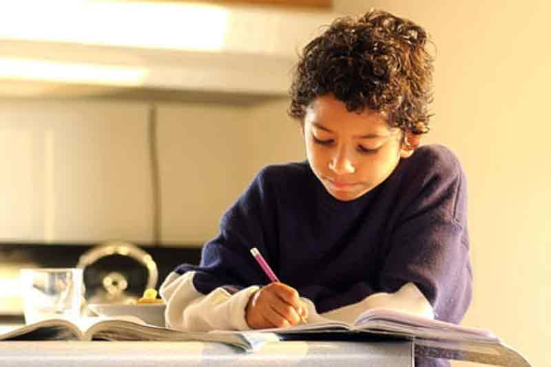 KUNCI JAWABAN Tema 8 Kelas 2 SD Menjaga Keselamatan di Rumah Halaman 55 56 59 60 61 71 75 76 77 Subtema 2