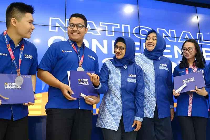 Info Beasiswa Mahasiswa S1 dan D4 XL Future Leader