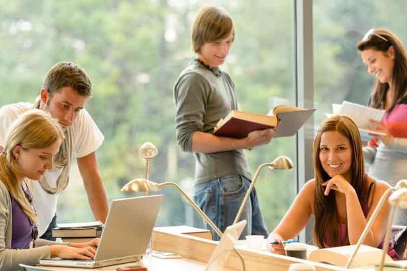 Manfaat Magang bagi Mahasiswa